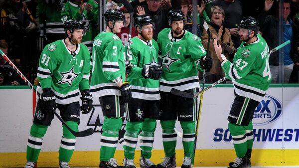 Хоккеисты Даллас Старз в матче НХЛ против Миннесоты Уайлд