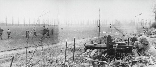 Атака советских войск на подступах к Будапешту