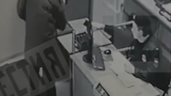 Опубликовано видео досмотра покончившего с собой экс-сотрудника ФСИН