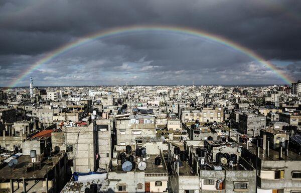 Радуга в небе над Рафахом