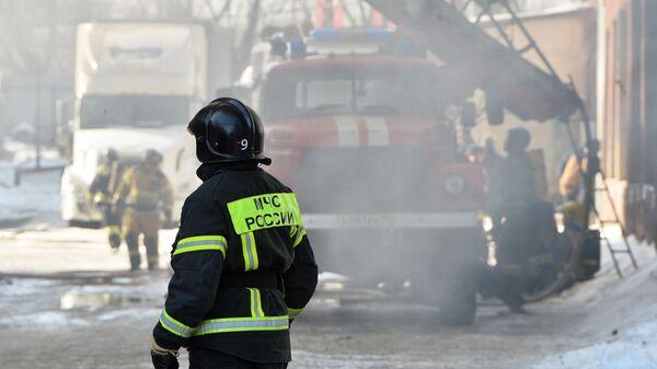 Пожар в цехе по производству пластиковой посуды в Челябинске