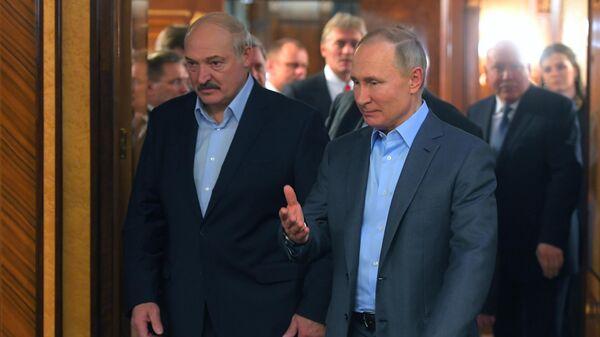 Песков рассказал о возможной встрече Путина и Лукашенко
