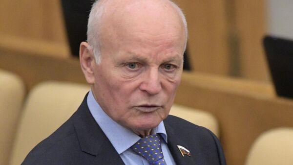 Депутат, член комитета по безопасности и противодействию коррупции Николай Рыжак