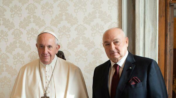 Президент ЕЕК Вячеслав Моше Кантор на встрече с папой римским Франциском в Ватикане