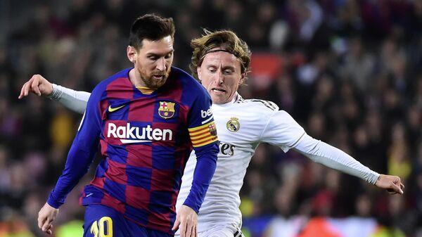 Игровой момент матча Реал – Барселона