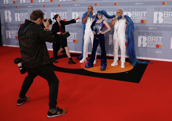 Певица Ashnikko на церемонии вручения премии Brit Awards в Лондоне