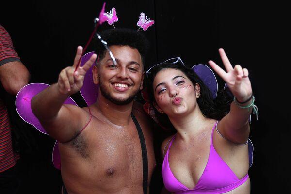 Участники карнавала в Рио-де-Жанейро, Бразилия