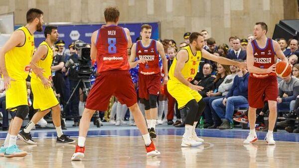 Игровой момент матча Россия - Северная Македония