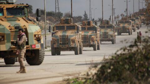 Турецкий военный конвой в провинции Идлиб, Сирия