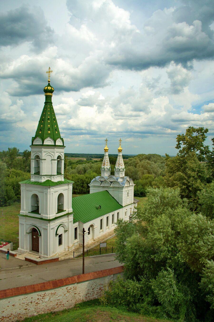 Церковь Святого Духа на Трубежной набережной