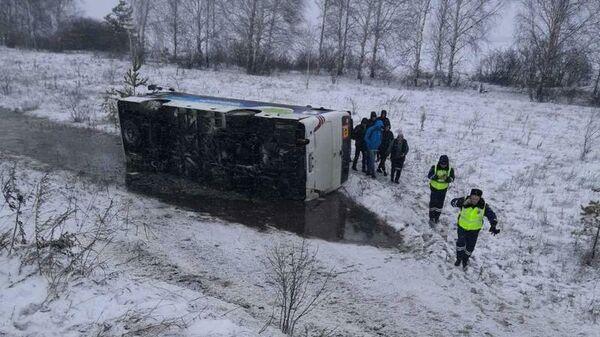 На месте ДТП с участием автобуса Хендай в Ульяновской области. 29 февраля 2020