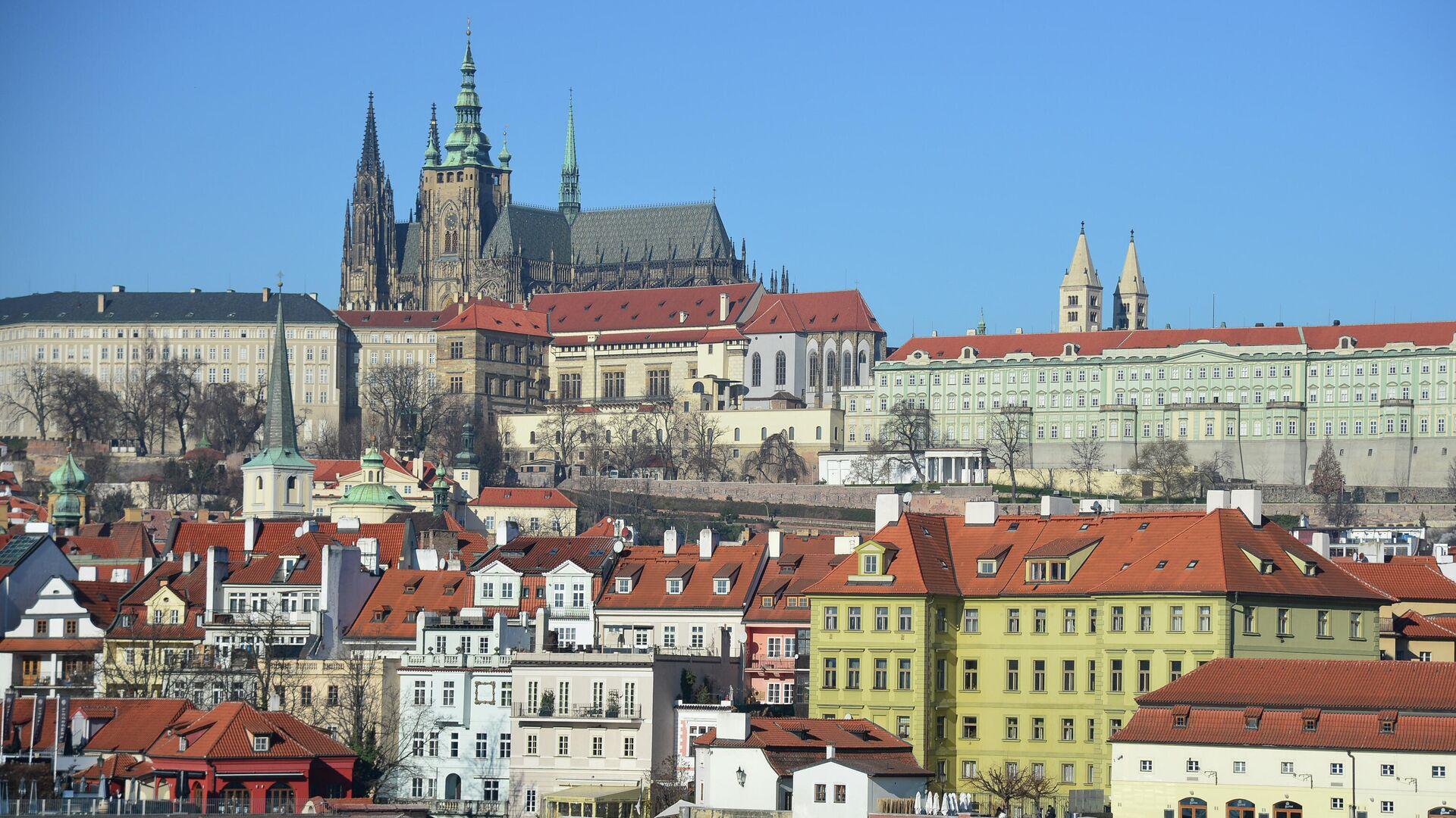 Вид на Пражский Град и собор Святого Вита от реки Влтава в Праге - РИА Новости, 1920, 01.11.2020