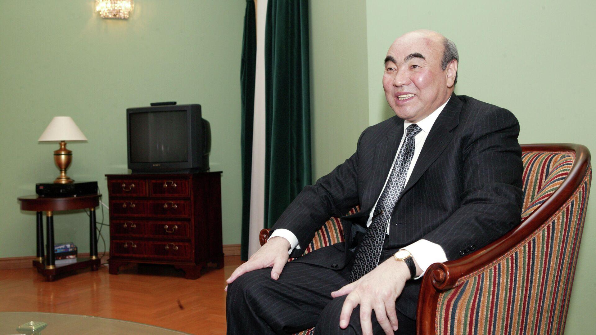Президент Киргизии Аскар Акаев. 1 апреля 2005  - РИА Новости, 1920, 02.08.2021