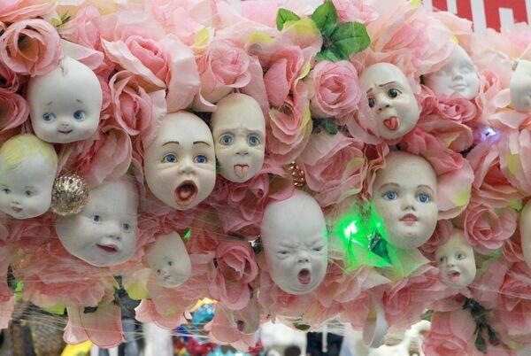 Авторские фарфоровые куклы Любови Фартушной на международном весеннем балу авторских кукол в выставочно-презентационном комплексе T-Modul в Москве