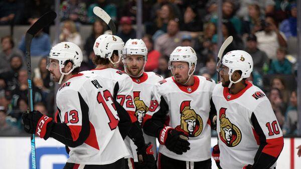 Хоккеисты Оттавы Сенаторз в матче НХЛ