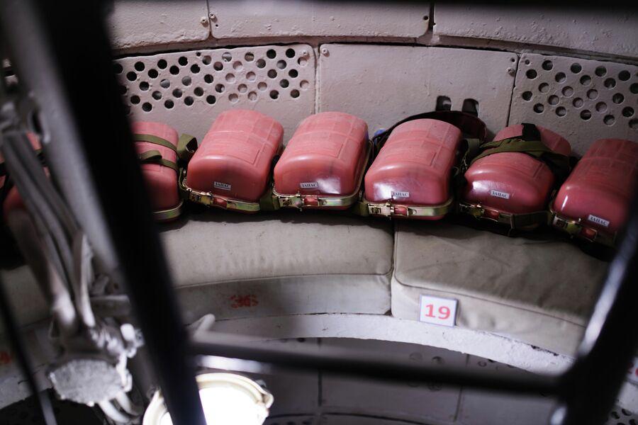 Места для членов экипажа в ВСК атомной подводной лодки Северодвинск