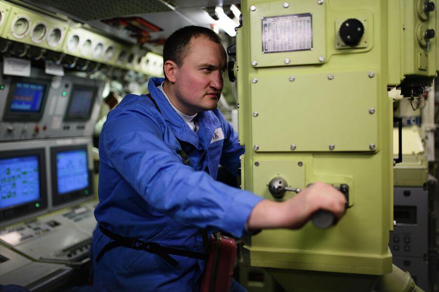 Старший помощник командира атомной подводной лодки Северодвинск