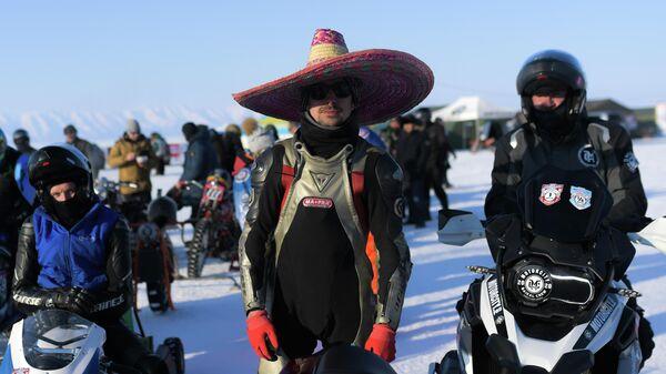 Участники фестиваля Байкальская миля в Улан-Удэ.