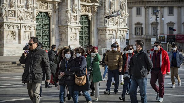 Туристы на одной из улиц Милана