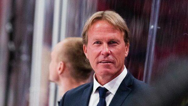 Главный тренер сборной Швеции по хоккею Йохан Гарпенлев