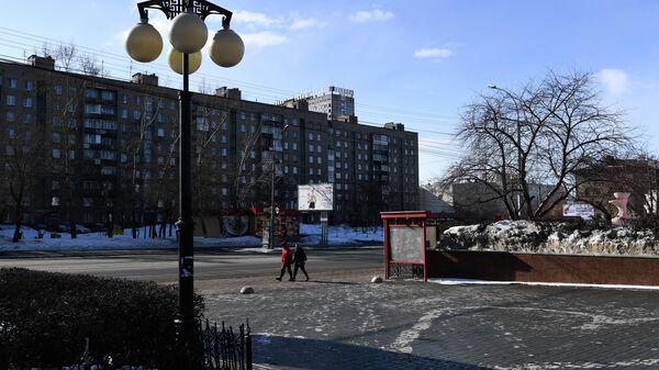 Прохожие на улице в Новосибирске