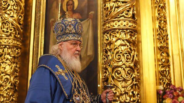Патриарх Московский и всея Руси Кирилл во время патриаршего служения в Елоховском Богоявленском кафедральном соборе
