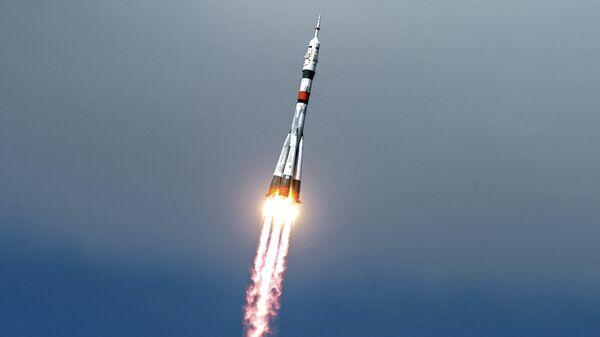 Старт ракеты-носителя Союз-2.1а с пилотируемым кораблем Союз МС-16