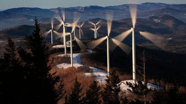 Ветряная электростанция Седлбэк-Ридж в Карфагене, штат Мэн. США