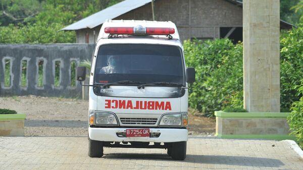 Машина скорой помощи в Медане, Индонезия