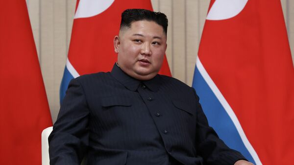 Очень неохотно. В США раскрыли отношение к новым фото с Ким Чен Ыном