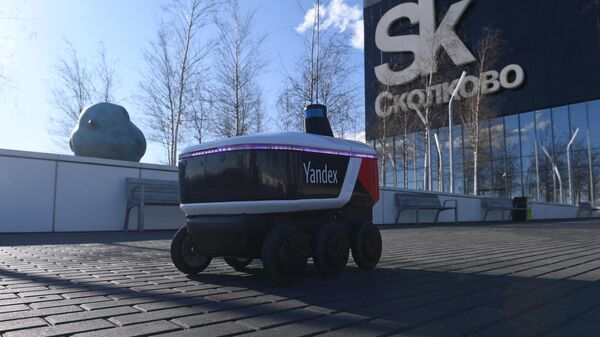 Робот-курьер Яндекса