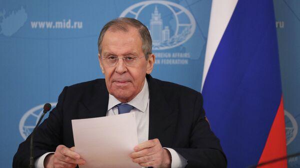 Министр иностранных дел РФ Сергей Лавров принимает участие в видеоконференции министров иностранных дел нормандского формата