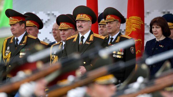 Президент Белоруссии Александр Лукашенко на параде в Минске в честь 75-летия Победы в Великой Отечественной войне
