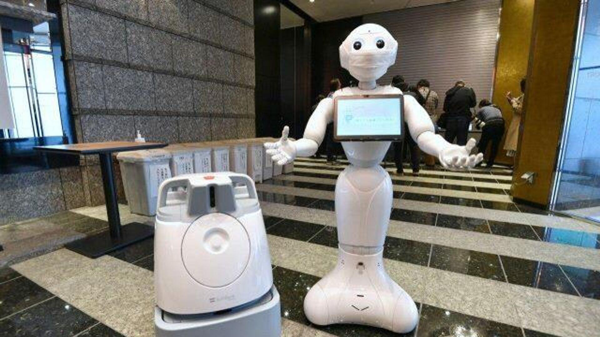 Роботы в Токио обслуживают заболевших коронавирусом - РИА Новости, 1920, 15.05.2020