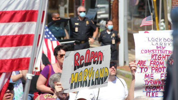 Акция протеста перед законодательным собранием штата Мэриленд с требованием снятия ограничений, связанных с коронавирусом