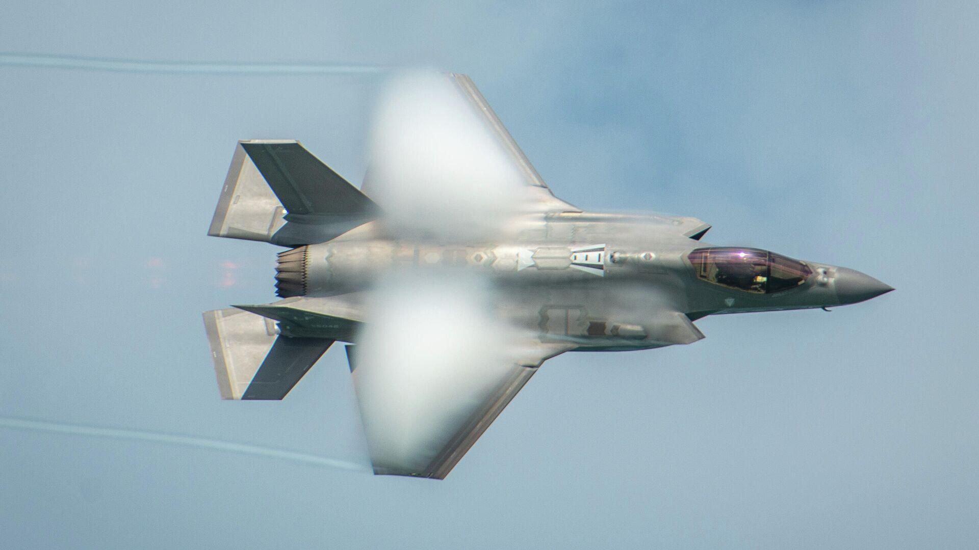 Американский истребитель F-35A Lightning II - РИА Новости, 1920, 01.03.2021