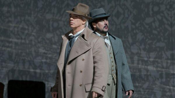 Дмитрий Хворостовский и Марсело Альварес в опере Бал-маскарад в Метрополитен-опере