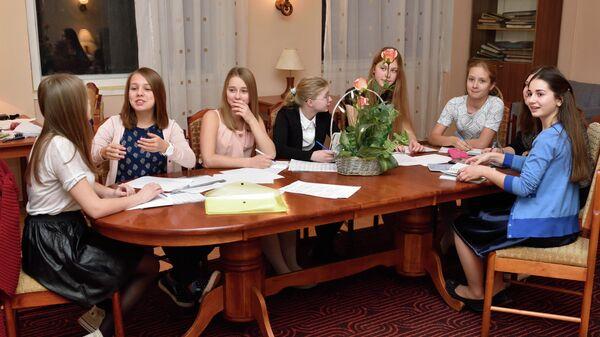 Заседание Совета хора в комнате старшего хора Весна