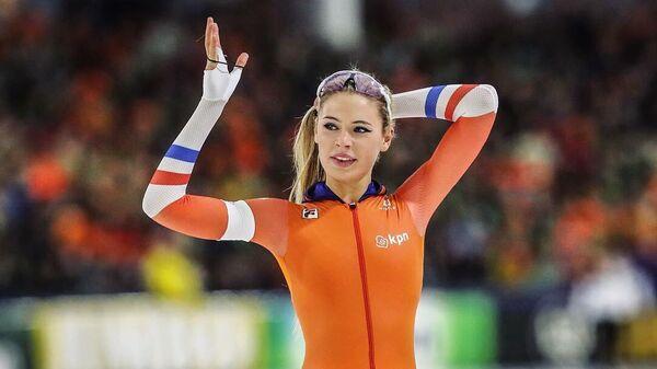 Голландская конькобежка Ютта Лердам