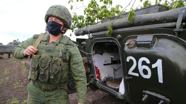 Боец Народной милиции ДНР