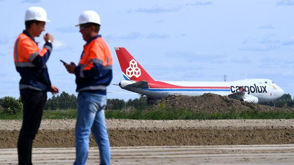 Реконструкция взлётно-посадочной полосы в аэропорту Новосибирска