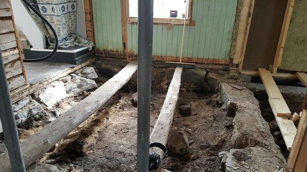 Остатки древнего захоронения эпохи викингов, обнаруженные при ремонте частного дома, расположенного в городе Боде, Норвегия