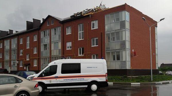 Повреждения кровли на 3-х этажных жилых домах в посёлке Северный на улице Центральная в Белгородской области