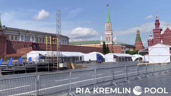 На Красной площади собирают трибуны для Парада Победы