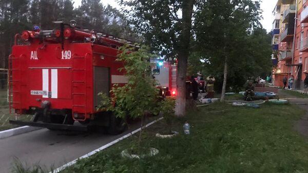 Пожар в пятиэтажном доме в посёлке Белореченском Усольского района Иркутской области
