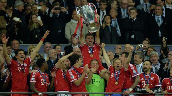 Футболисты Баварии радуются победе в Лиге чемпионов-2012/13