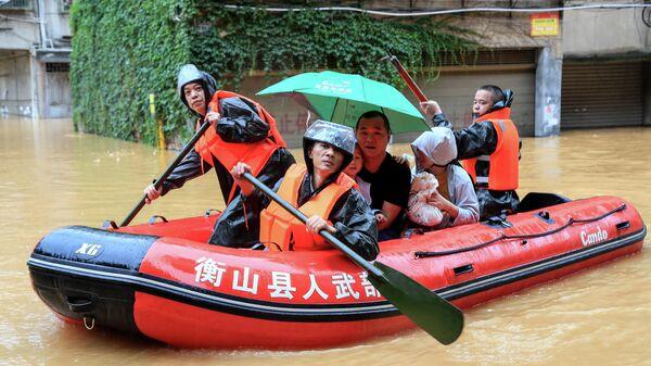 Эвакуация людей в Китае