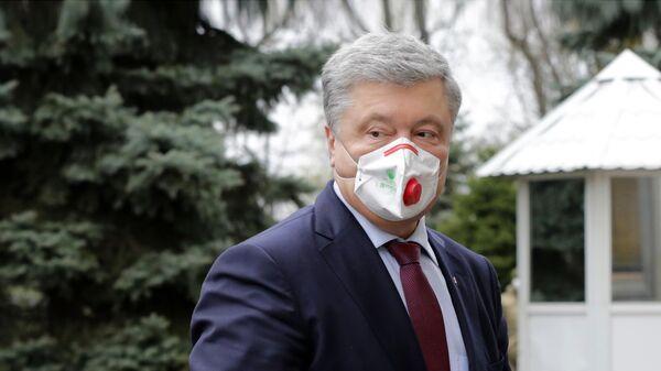 Петр Порошенко перед началом внеочередного заседания Верховной рады