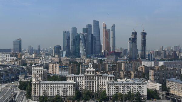 Комплекс небоскребов делового центра Москва-Сити в Москве