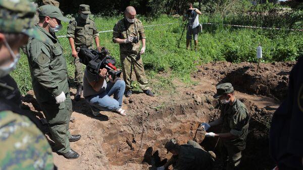 Место захоронения жертв концлагеря Моглино в Псковской области
